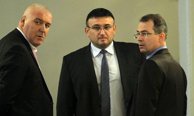 Главсекът научил от журналисти за ареста на репортери