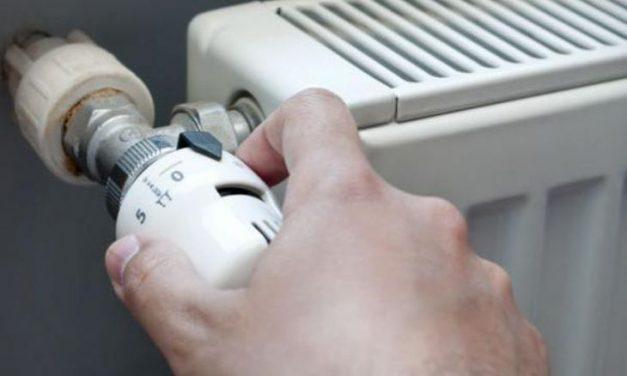 Пълен абсурд! Столичанин плаща за парно, въпреки че се топли на ток! За 10 години дължи 20 бона