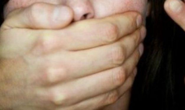 Извращение в Лясковец: Богат 60-годишен мъж изнасили 12-годишно глухонямо момиче, то забременя и…