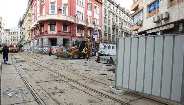 Нов скандал с ремонта на Графа, заради смяна на подложката на трамвайните релси Джи Пи Груп печели поръчката с материал на Getzner, слага се на фирма Пандрол