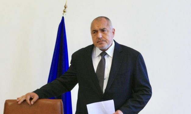 Борисов разпореди на ГЕРБ да не гласува промените за застраховането