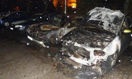 "Опожариха коли на свидетели по ""Суджукгейт"" в Добрич"