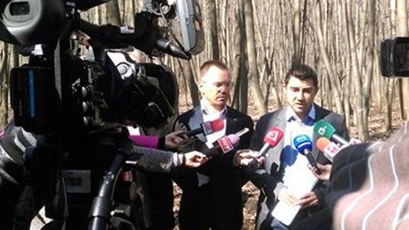 Джамбазки и Контрера: Циганозащитниците да бъдат пращани да живеят в гетата