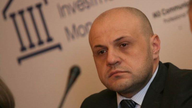 Томислав Дончев: Не беше се случвало да ми викат 'оставка' в лицето