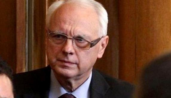 Джамбазки съди Велизар Енчев заради цитат от Ботев